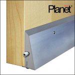 Planet Sockel - Halteprofil Türdichtung auf der Tür