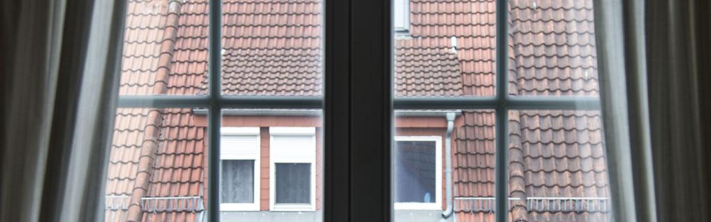 Zugluftprobleme mit der richtigen Dichtung an Fenster und Tür lösen